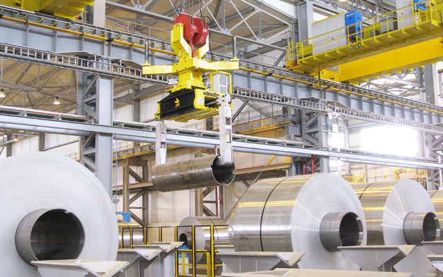 Automated crane positioning hot coils with accuracy at Oman aluminium rolling mill