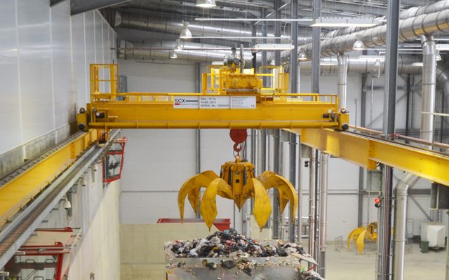 Energy from Waste (EfW) Crane with orange peel grab
